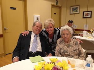 Spangle Drive Senior Center Celebrates Mothers Day Babylon NY